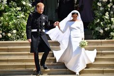 Here are the first photos of Prince Harry and Meghan Markle as a married couple Second Wedding Dresses, Second Weddings, Royal Weddings, Kate And Meghan, Prince Harry And Meghan, Givenchy, Harry And Meghan Wedding, Meghan Markle Wedding Dress, British Traditions
