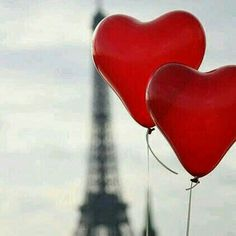 Two ballon hearts