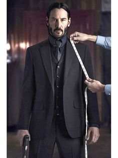 John Wick Suit Keanu Reeves Next Leather Jacket is part of John wick movie - Get this amazing John Wick 2 3 piece Suit that is worn by Keanu Reeves in the action movie A great addition to your workwear Order the Suit today Keanu Reeves John Wick, Keanu Charles Reeves, Next Leather Jacket, All Black Suit, John Wick Movie, Macho Alfa, 3 Piece Suits, Mens Suits, Gentleman