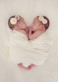 #flower #twins #babies #girls www.lisasiddall.com