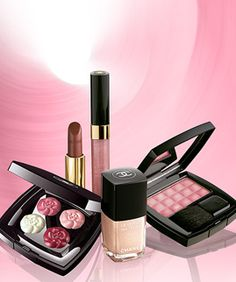 Love Chanel Make-up