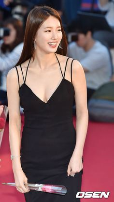 Reject the Binary Sexy Asian Girls, Beautiful Asian Girls, Korean Beauty, Asian Beauty, Miss A Suzy, Lil Black Dress, Bae Suzy, Beautiful Girl Image, Girl Inspiration