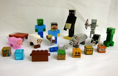 Lego Minecraft Custom Deluxe Set - via Etsy. Minecraft Toys, Cool Minecraft, Minecraft Crafts, Minecraft Party, Cool Lego, Creeper Minecraft, Minecraft Cake, Minecraft Buildings, Van Lego