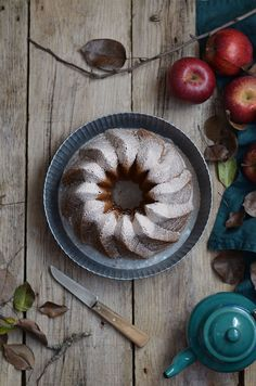Apple Cider Cake with Cinnamon