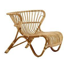 The Fox rattan lounge chair was originally designed by Viggo Boesen in This striking rattan chair won a prestigious design award and cemented Boesen's legacy.