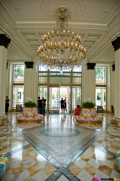 Palazzo Versace Hotel - A Dream Come True! - Fabulous Lobby With Huge Chandelier