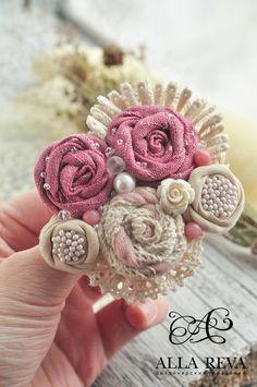 """Купить Брошь """"Розовое кружево"""" - комбинированный, розовый, бежевый, брошь, брошь…"""