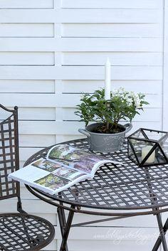 lieblingsidee ... Gartendekoration mit Windlicht, Pflanztopf und Kerzennagel von www.lieblingsidee.com