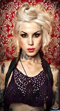 Kat von D - blonde