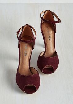 Scallop Your Alley Heel in Maroon | Mod Retro Vintage Heels | ModCloth.com