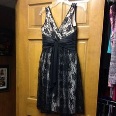 Beautiful lace cocktail dress London Times Petite. Worn once. London Times Dresses