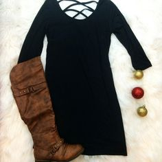 HOLIDAY TOAST TUNIC IN BLACK - decadenceboutique