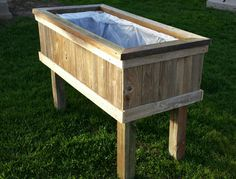 "Another one of my building projects.Reclaimed Privacy Fence Wood Planter Box I think it turned out well, very sturdy and nice ""rustic"" look. Raised Planter Boxes, Wood Planter Box, Wood Planters, My Building, Outdoor Furniture, Outdoor Decor, Wooden Boxes, Fence, Construction"