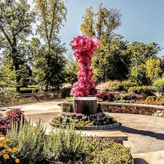 New CHIHULY Sculpture in Greenville, SC. Photo by Jeremy Logan // yeahTHATgreenville