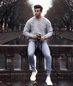 39 comfy winter fashion outfits for men in 2019 man outfit winter outfits m Winter Mode Outfits, Winter Fashion Outfits, Men's Autumn Outfits, Men's Spring Fashion, Male Winter Fashion, Men's Winter Outfits, Winter Outfit For Men, Mens Style Winter, Mens Autumn Fashion