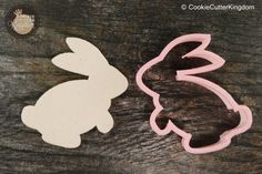 Hop around with our Rabbit animal Cookie Cutter! Handwash only in lukewarm water to maintain all plastic cookie cutters. Find more animal cookie cutters in our complete collection! Shipping is availab