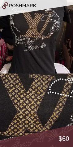 Louis Vuitton bling short sleve t-shirt Its a xl, but runs small Tops Tees - Short Sleeve