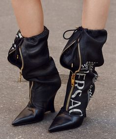 versace Elevate your look with boots from the collection. Available now on the link in bio. Fashion Boots, Sneakers Fashion, Fashion Outfits, Womens Fashion, Fashion Sandals, Cheap Fashion, Versace Boots, Versace Versace, White Boots