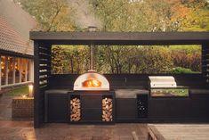 Outdoor Barbeque, Outdoor Patio Bar, Outdoor Rooms, Outdoor Living, Outdoor Decor, Modern Outdoor Kitchen, Build Outdoor Kitchen, Backyard Fireplace, Backyard Patio Designs