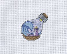 Small Cross Stitch, Cross Stitch Cards, Cute Cross Stitch, Cross Stitching, Back Stitch Embroidery, Embroidery Art, Embroidery Stitches, Needlepoint Patterns, Counted Cross Stitch Patterns