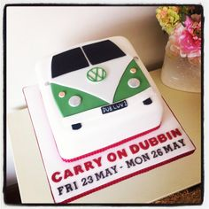 VW 'Splitty' Campervan Cake......