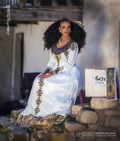 4 Factors to Consider when Shopping for African Fashion – Designer Fashion Tips African Men Fashion, African Beauty, African Women, Ethnic Fashion, African Wedding Attire, African Attire, African Dress, African Wear, African Style