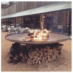Fire pits, dusty bicycle paths, cable knit blankets and log cabins. An ode to the Great Tew estate Farmhouse Fire Pits, Soho Farmhouse, Farmhouse Garden, Pump House, House Deck, Great Tew, Garden Bar, Garden Ideas, Daylesford