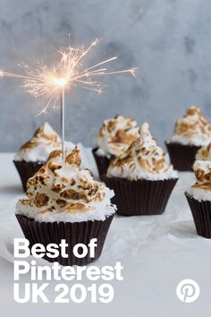 Indulge this Bonfire night in these gently spiced, perfectly fudgey chocolate cupcakes. Topped with delicious toasted meringue. Brownie Cupcakes, Chocolate Cupcakes, Mini Cupcakes, Fun Desserts, Cooker, Gem, Awards, Treats, Recipes