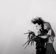 Edward, Mãos de Tesoura.