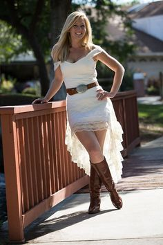 2018 Off The Shoulder Lace High Low Country Wedding Dresses Without Sash Cheap Short Front Long Back Bridal Gowns Casual Custom Made Wedding Gown Images, Top Wedding Dresses, Formal Dresses For Weddings, Wedding Dress Sleeves, Lace Weddings, Bridal Dresses, Bridesmaid Dresses, Wedding Lace, Country Weddings