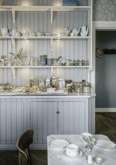 home office decor Kitchen Interior Inspiration, Glass Panel Wall, Swedish Kitchen, Interior Design Videos, Brighton Houses, Cosy Room, Cottage Interiors, Love Home, Scandinavian Home