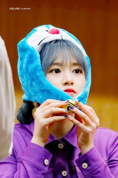an yujin pics (@ahnyujinpics) / Twitter Kpop Girl Groups, Kpop Girls, Eyes On Me, My Boyfriend, Cool Kids, Entertaining, Shit Happens, Cool Stuff, Twitter