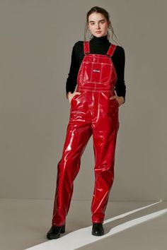 Shop MadeMe Contrast Stitch Patent Overall at Urban Outfitters today. We carry all the latest styles, colors and brands for you to choose from right here. Fetish Fashion, Latex Fashion, Leggings Fashion, Fashion Pants, Pvc Leggings, Leather Pants Outfit, Denim Overalls, Curvy Women Fashion, Rain Wear
