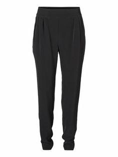Haley Wantso Pant in Black by Vero Moda.