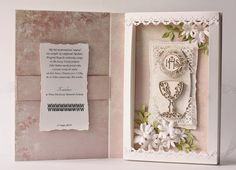 First Communion Cards, First Holy Communion, Diy Projects To Try, Crafts To Make, Diy Paper, Paper Crafts, Card Book, Paper Gift Box, Paper Folding
