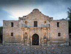 From the Alamo to Sea World, San Antonio, Texas is chock full of fun things to do. Arizona Travel, Texas Travel, San Antonio Restaurants, Places Ive Been, Places To Go, Southwest Usa, Texas History, San Antonio Spurs, Sea World
