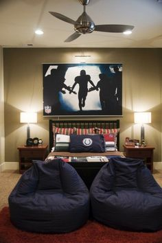 This sports theme is one our faves from the article! ~ 36 Modern And Stylish Teen Boys' Room Designs | DigsDigs