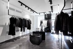 Karl Lagerfeld store by Plajer & Franz Studio and Laird + Partners, Paris Updated store design Boutique Interior, Boutique Design, Clothing Store Interior, Clothing Store Design, Retail Interior Design, Retail Store Design, Boutique Decor, Clothing Racks, Retail Stores