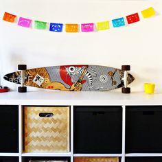 Je ne me lasse pas de ces superbes guirlandes de papel picado ! #papel #picado #guirlande #banderole #bunting #longboard #mexican #banner #déco #mexicaine