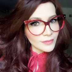 Super glasses frames for women round face pictures Ideas Glasses Frames Trendy, Girls With Glasses, Fashion Eye Glasses, Cat Eye Glasses, Super Glasses, Oversized Glasses, Computer Glasses, Wearing Glasses, Womens Glasses
