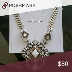 Stella and Dot Kaia Pendant Necklace Statement necklace Stella & Dot Jewelry Necklaces