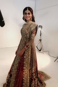 Sadaf kanwal wearing Heavy (due to massive amounts of metallic embroidery, and other embellishments) Pakistani bridal wear. This may not be vintage but its GORGEOUS! Asian Bridal Dresses, Pakistani Wedding Outfits, Indian Bridal Outfits, Pakistani Bridal Dresses, Pakistani Wedding Dresses, Indian Dresses, Indian Fashion, Ethnic Fashion, Anarkali