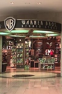 Because there were these awesome stores to get gifts from: | 32 Reasons Why Christmas Was Better In The '90s. My old store