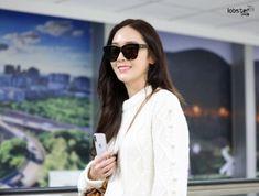171231 Jessica arrive at Taoyuan Airport Girls Generation Jessica, Jessica Jung, Snsd, Fashion, Moda, Fashion Styles, Fashion Illustrations