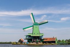 I mulini a vento di Zaanse Schans Zaanse Schans Windmills, Image Types, Golden Gate Bridge, Wind Turbine, Amsterdam, Travel, Viajes, Destinations, Traveling