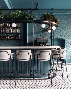 Bar im Greenwich Grind Restaurant in London. Bar im Greenwich Grind Restaurant in London. The post Bar im Greenwich Grind Restaurant in London. appeared first on Design Ideas. Bar Interior Design, Restaurant Interior Design, House Bar Design, Cocktail Bar Interior, Back Bar Design, Cocktail Bar Design, Bistro Interior, Bar Counter Design, Luxury Interior