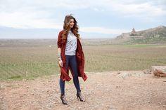 Strike a pose: Iveta showed off her perfect pins in spray-on denim leggings