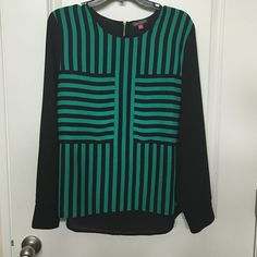 Long sleeve Vince Camuto blouse Gorgeous green/black blouse from Vince Camuto. Excellent condition!!! Vince Camuto Tops Blouses