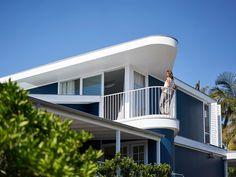 Beach House on Stilts by Luigi Rosselli Architects: http://www.playmagazine.info/beach-house-on-stilts-by-luigi-rosselli-architects/