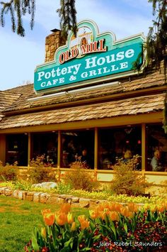 Pottery House Cafe and Grille in Pigeon Forge is the best place to eat!